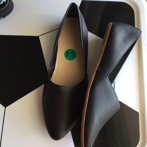 New Aldo Almond Toe Leather Buttery Soft Flats